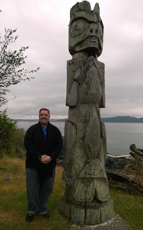 Tillicum Village Totem Pole With Chris