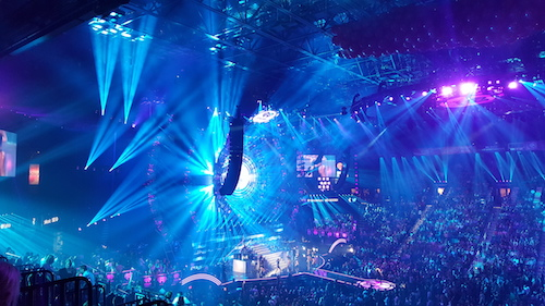 iHeartRadio Music Festival blue lights 2015